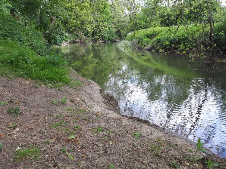 CALPAC River Mole Fishery Surrey